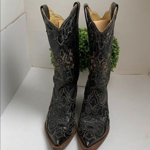 Corral vintage, cracked leather, alligator inlay
